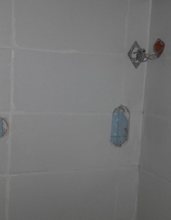 implantation électrique salle de bain